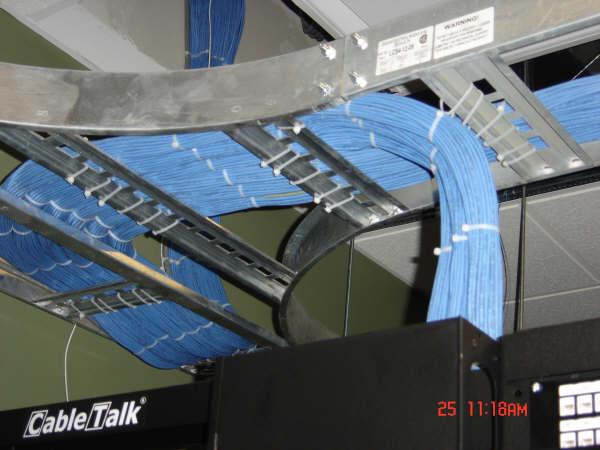 Overhead tray